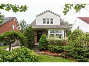 BEAUTIFUL HOME IN PERFECT NEIGHBOUR HOOD OPEN HOUSE SUNDAY 2-4