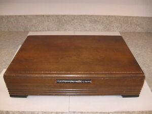 1881 ROGERS WOODEN SILVERWARE CHEST Moose Jaw Regina Area image 2