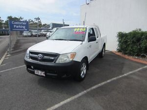 2005 Toyota Hilux GGN15R MY05 SR Xtra Cab White 5 Speed Automatic Utility Buderim Maroochydore Area Preview