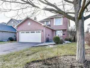Bright & Beautifully Detached Home In Quiet Court Location!