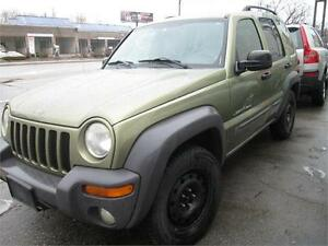 2003 Jeep Liberty,4x4, Sunroof, Detailed clean, Great drive.