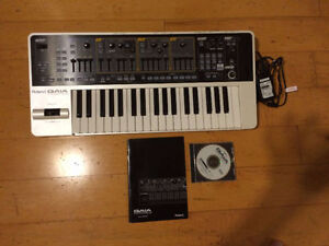 Roland GAIA SH-01 Synth- MInt condition-hardly used