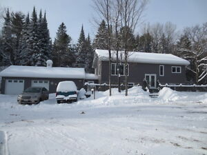 Lovely Home on Almost 3 Acres!! Peterborough Peterborough Area image 16