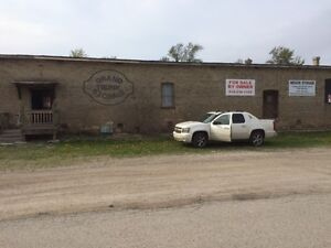 150x40 Two Level Old Storage Warehouse for Sale