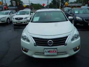 2013 NISSAN ALTIMA 2.5- POWER GLASS SUNROOF, NAVIGATION SYSTEM,