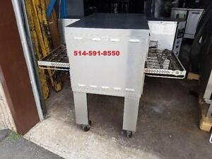 Middleby Marshall Four a Pizza Convoyeur  Electric Conveyor Oven