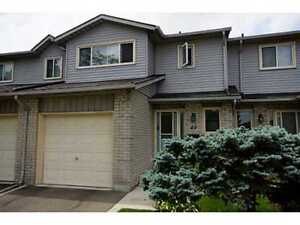 A stunning Townhouse for Rent in Hamilton - Free Water bills!