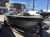 2004 Tracker Targa 18 fishing boat