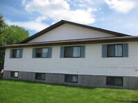 Large 2 bedroom plus den in Drayton Valley