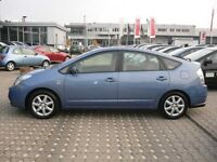 Toyota Prius / Volkswagen Passat / Vauxhall Zafira PCO Hire £100pw