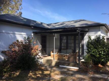 House for Sale. Berowra, 2081. $975,000.00