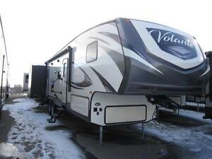 2017 39 FT CROSSROADS RV VOLANTE 360DB