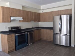NEW 3BDR & 3BATH TOWNHOME FOR LEASE – ORILLIA-WEST RIDGE