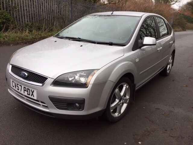 BEAUTIFUL FORD FOCUS ZETEC, GREAT FAMILY CAR, NEW ONE YEAR MOT