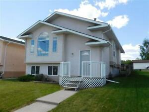 Beautiful 4 bedroom bi-level with detached garage - Edson, AB