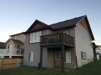 Airdrie Mainfloor 3 BED Double attached Garage *Rental Incentive