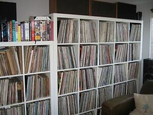 Collection de 1800 Vinyles rock, pop, franco, disco, etc...
