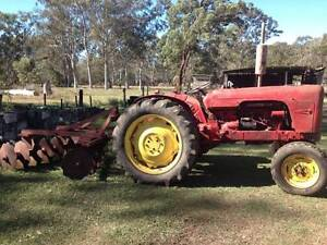 David Brown 990 Implematic Tractor Deception Bay Caboolture Area Preview