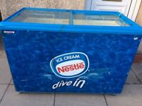AHT SLIDING GLASS LIDS ICE CREAM SHOP/CATERING DISPLAY CHEST FREEZER IN GOOD WORKING CONDITION