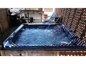Hot Tub for sale. $800 obo