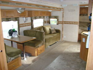 Rockwood Signature Ultra Light Trailer - 31BHS St. John's Newfoundland image 5