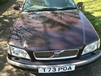 AUTOMATIC VOLVO V40 IMMACULATE CONDITION MOT TILL JANUARY 2019 DRIVES PERFECT NO FAULTS