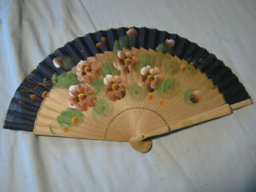 Vintage Painted Asian Japanese Fan