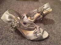 Ladies Silver Sandles
