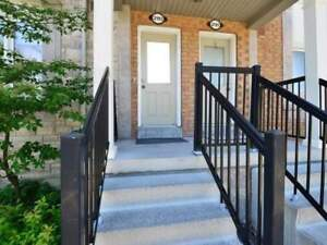 STUNNING 2 Bed, 3 Bath Townhouse For Rent, MARKHAM