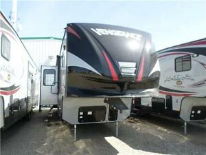 2015 Vengence 316A Fifth wheel toy hauler **CLEARANCE**
