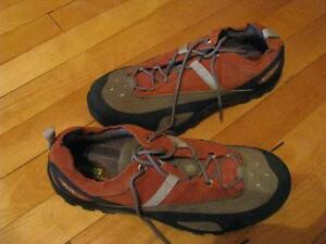 TEVA Shoes size 11M Ortholite Shoc Pad Orange & Black Leather