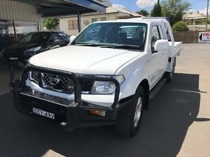 2008 Nissan Navara D40 ST-X (4x4) White 6 Speed Manual Kingcab Young Young Area Preview