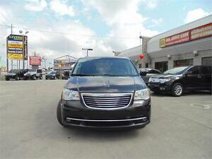 2014 CHRYSLER TOWN & COUNTRY  **CAMERA**
