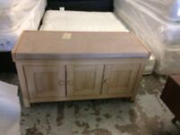 storage seat / bedding box ex display viewing welcome