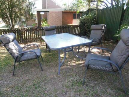 OUTDOOR PATIO CHAIRS X4 +TABLE The Gap Brisbane North West Preview