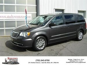 2016 Chrysler Town & Country Touring l|H/Leather|Pwr Door & Gate