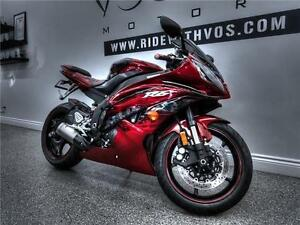 2011 Yamaha YZF-R6 - V2297NP - **Financing Available