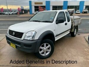 2005 Holden Rodeo RA MY05 LX Space Cab 4x2 White 5 Speed Manual Cab Chassis Fyshwick South Canberra Preview