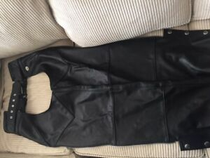 Harley Davidson Leather Chaps (size small)