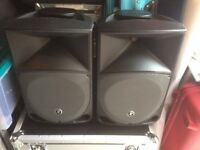Pair or Mackie Thump TH 12 A Powered active PA Speakers lovely condition