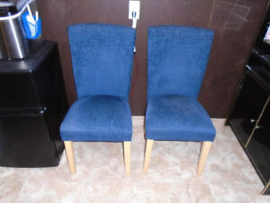 Dining Room Chairs -- $25.00 Each