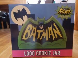 Batman 1966 logo ceramic Cookie Jar $20.00 new