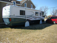 2001 Holiday Rambler Ambassodor 32' pusher