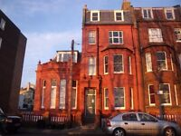 College Terrace, Brighton - Bright & spacious unfurnished 1 bedroom 2nd floor flat in Kemp Town.