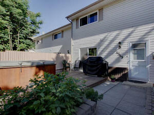 Condo Backing onto Park Edmonton Edmonton Area image 9