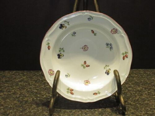 "Villerory & Boch Petite Fleur: 9"" Rim Soup Bowl - SORL - 16658942"