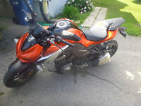 2014 Kawasaki Z1000 ABS - SALABERRY-DE-VALLEYFIELD 2200km only