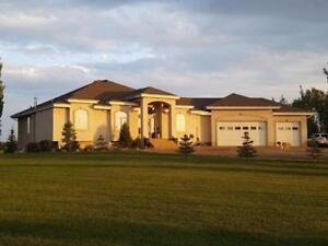 Home for Sale in Rural Strathcona County,  (6bd 3ba/1hba)