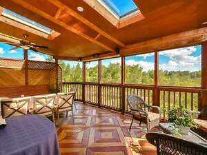 Modern House, Epic Deck, 1 Room Available May 1st, $450 + Util