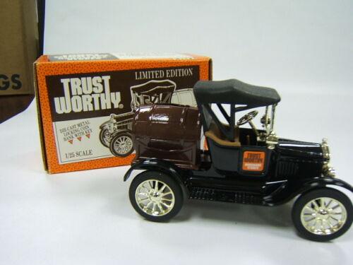 TRUSTWORTHY 1918 FORD BARREL TRK /& PETITE PEDAL CAR